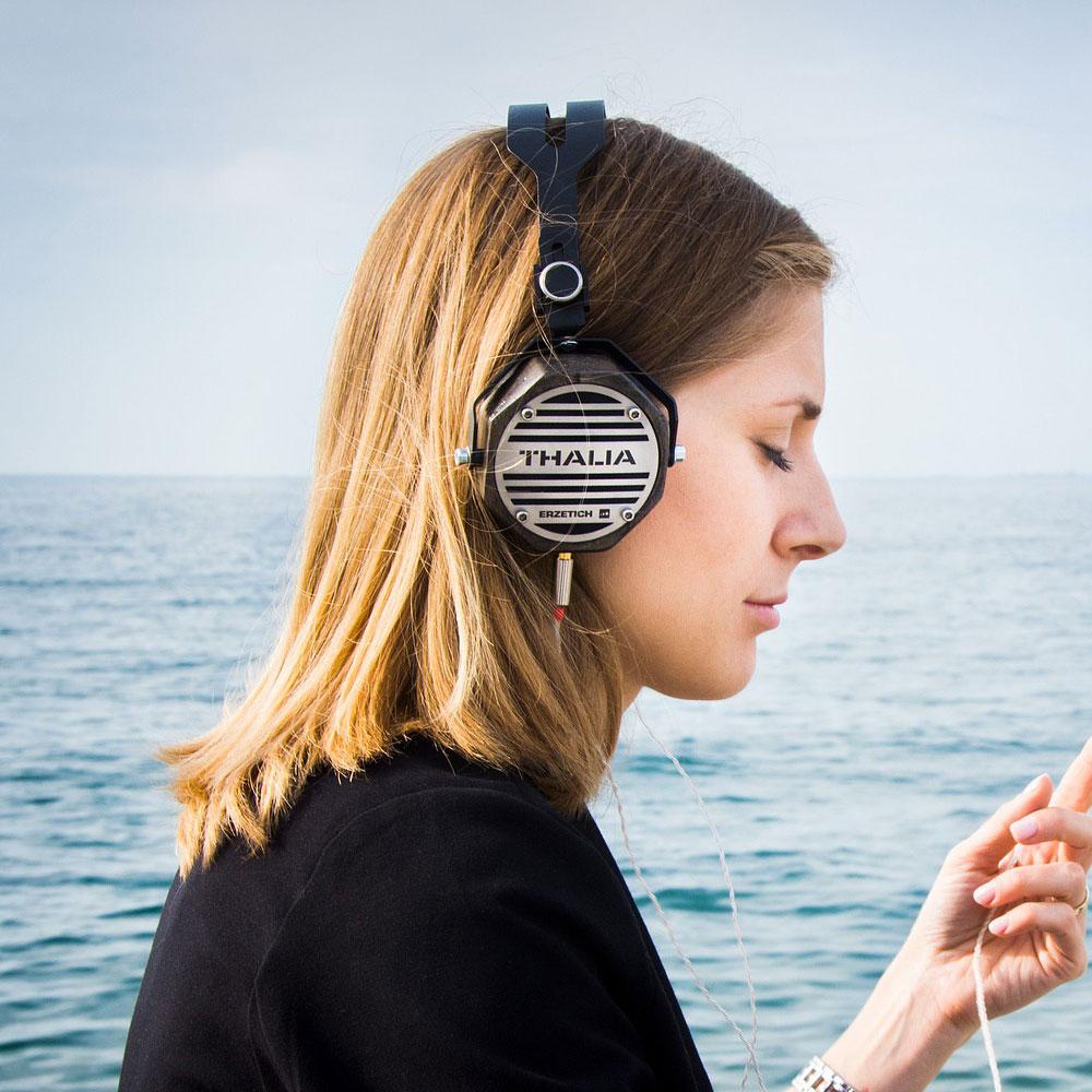 ハイレゾ対応でスマートフォンでも原音に近い音楽を楽しめる
