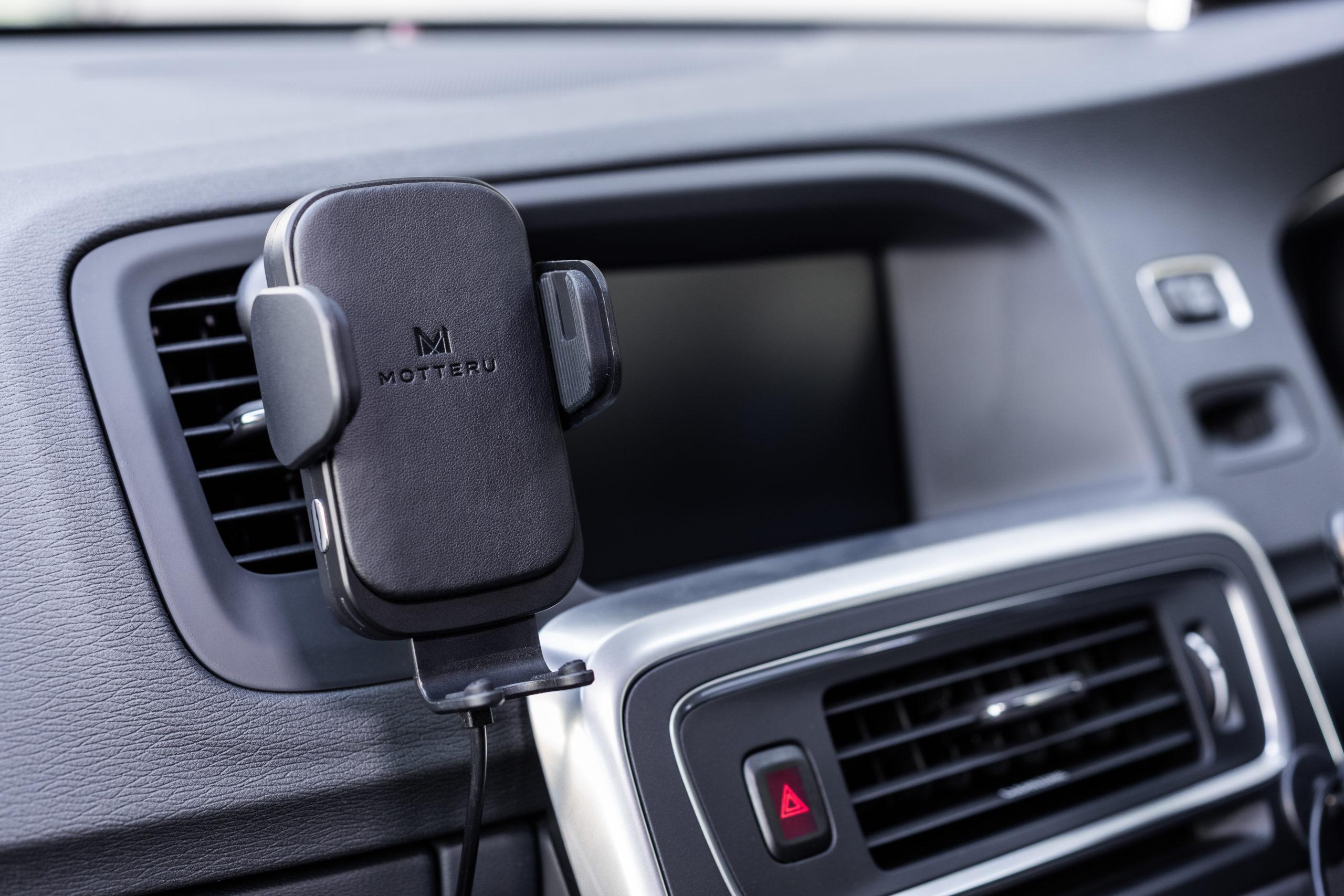 車載用ワイヤレス充電ホルダーの選び方