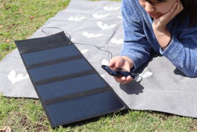 【自由研究にも使える!】太陽の力で発電 USBソーラーパネル